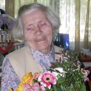 Agnes 90.